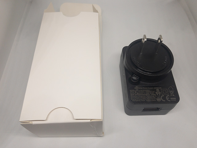 Kamvas 16 充電器